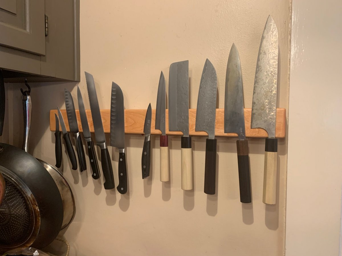 knife strip.jpg