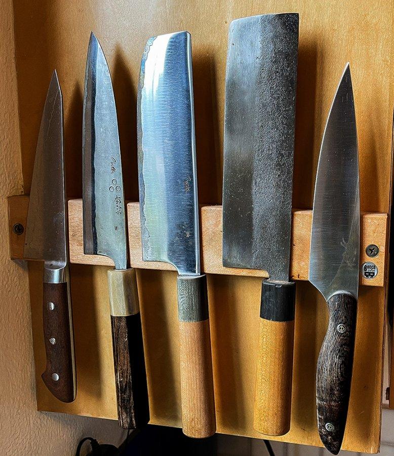 Knife wall mount.jpg