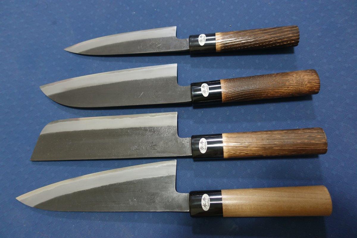 Knife111.JPG